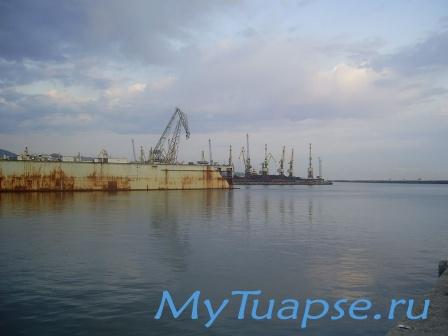 Туапсинский порт 0